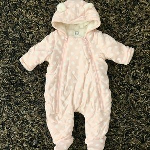 Gap 0-3m baby girl winter suit